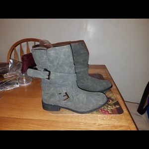 Booties, size 7.5. New, never worn
